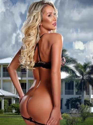 Teen Escort Serena in Moscow, Russia - Photo: 1