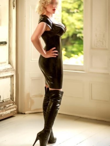 Escort Charlotte in London, United Kingdom - Photo: 4