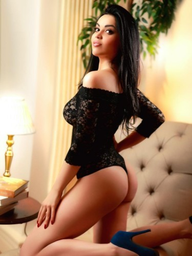 Teen Escort Carlota in London, United Kingdom - Photo: 6