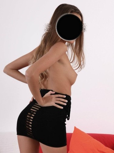 Fetish Teen Escort Sarra in Sofia, Bulgaria - Photo: 4