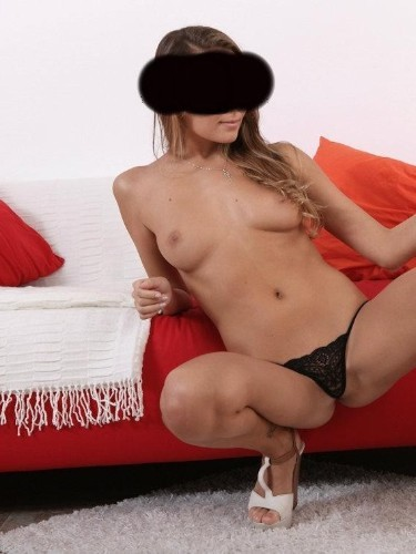 Fetish Teen Escort Sarra in Sofia, Bulgaria - Photo: 2