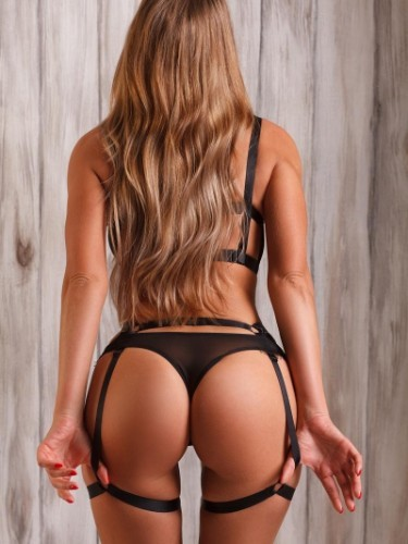 Teen Escort Helene in New York, United States - Photo: 3