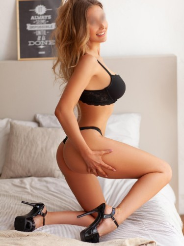Teen Escort Helene in New York, United States - Photo: 6