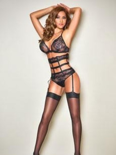 Elite Escort Agency F Girls in United Kingdom - Photo: 18 - Karina