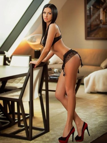 Teen Escort Alecia in London, United Kingdom - Photo: 3