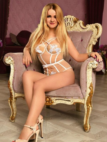 Teen Escort Anna in Moscow, Russia - Photo: 7