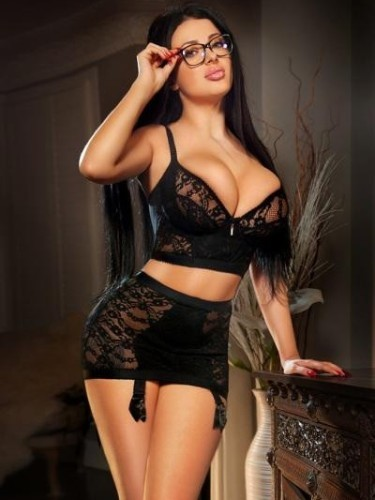 Teen Escort Cleo in London, United Kingdom - Photo: 1