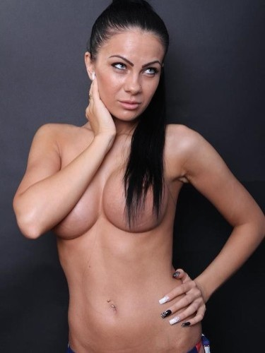 Escort Cindy in Athens, Greece - Photo: 3