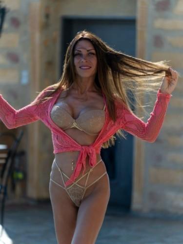 Fetish Milf Escort Lola Mila in Chania, Greece - Photo: 3