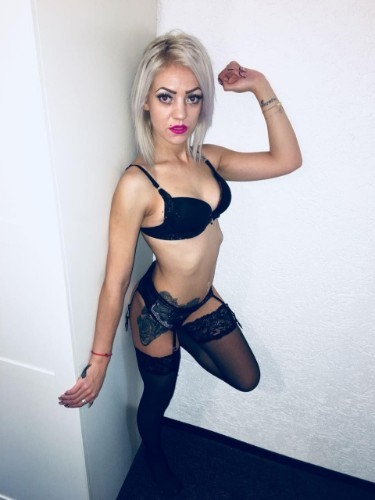 Teen Escort Sissy Luxuriose girl non stop in Salzburg, Austria - Photo: 1