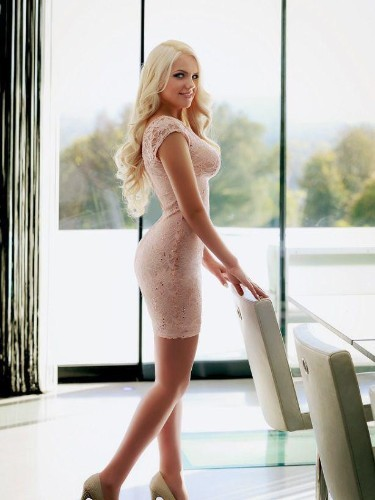 Elite Escort Agency Amsterdamescortbabes - Photo: 11 - Donna