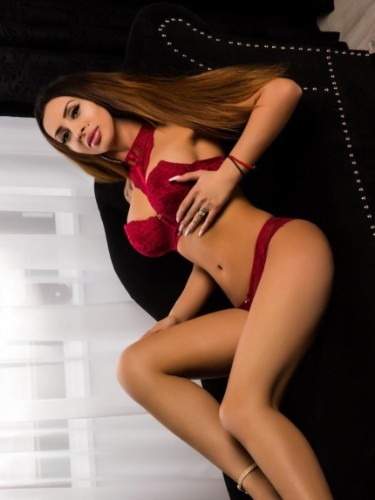 Teen Escort Selena in Rotterdam, Netherlands - Photo: 6