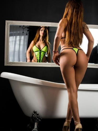 Teen Escort Selena in Rotterdam, Netherlands - Photo: 3