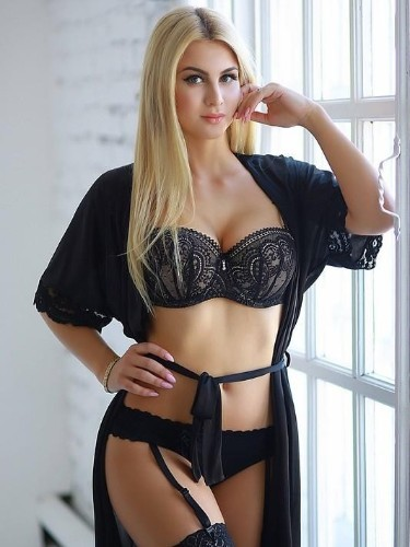 Teen Escort Arina in Moscow, Russia - Photo: 1