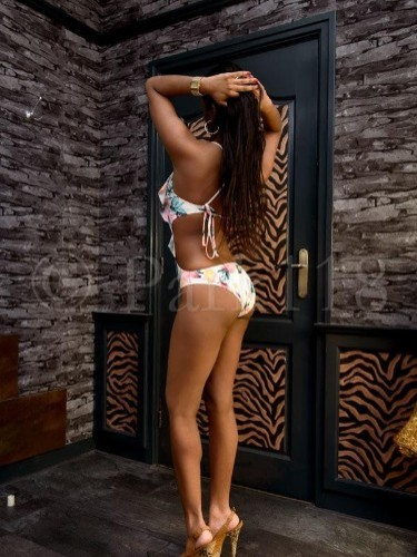 Teen Escort Alicia in Amsterdam, Netherlands - Photo: 4