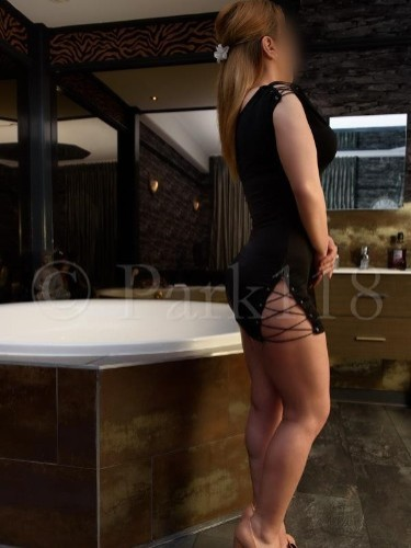 Escort Carla in Amsterdam, Netherlands - Photo: 3