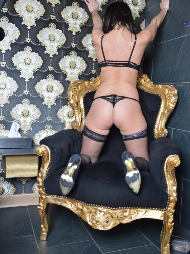 Escort Samantha in Breda, Netherlands - Photo: 3