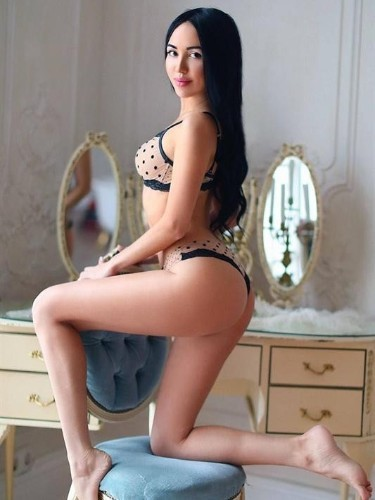 Teen Escort April in Moscow, Russia - Photo: 5