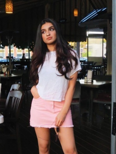 Fetish Teen Escort Anisha in Singapore, Singapore - Photo: 1