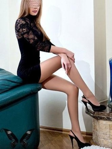 Teen Escort Gwen in Bucharest, Romania - Photo: 6