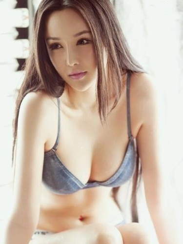 Teen Escort Saiua in Hong Kong, Hong Kong - Photo: 4