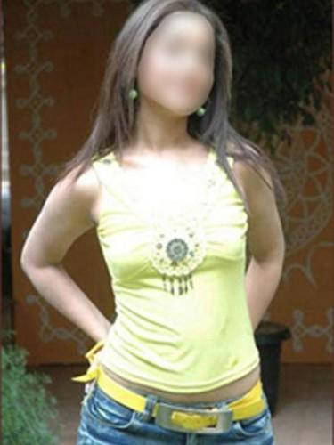 Teen Escort Falak Agarwal in Mumbay, India - Photo: 3