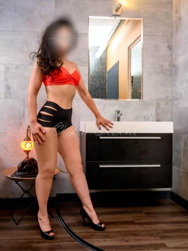 Escort Amira in Utrecht, Netherlands - Photo: 5