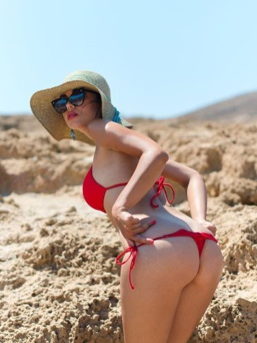 Fetish Teen Escort Aisha in Mykonos, Greece - Photo: 4