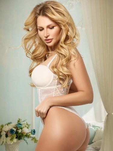 Teen Escort Amber in Moscow, Russia - Photo: 5