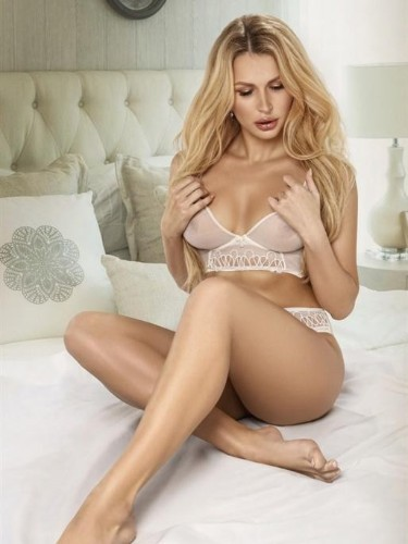Teen Escort Amber in Moscow, Russia - Photo: 6