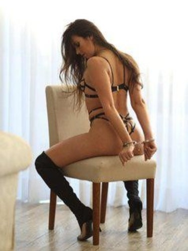 Teen Escort Adelpha in London, United Kingdom - Photo: 4