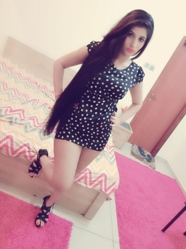 Fetish Teen Escort Soniya in Abu Dhabi, United Arab Emirates - Photo: 1