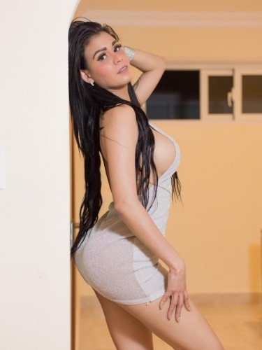 Teen Escort Antonella in Manama, Bahrain - Photo: 4