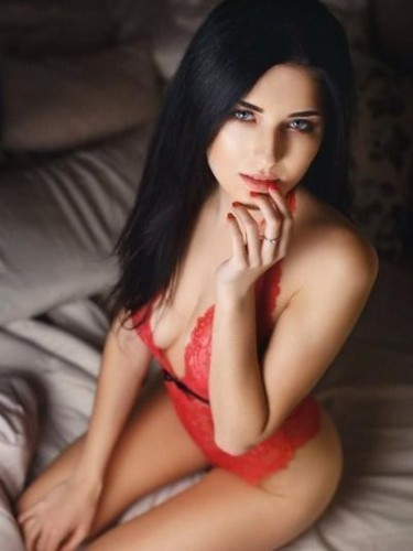 Elite Escort Agency Ubergirls Amsterdam in Amsterdam - Photo: 10 - Emma