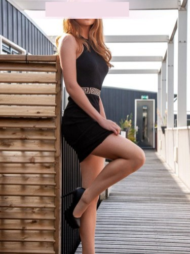 Teen Escort Camilla in Amsterdam, Netherlands - Photo: 2