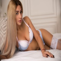 Diamond 40 - Escort Agencies in Santorini Island - Milana