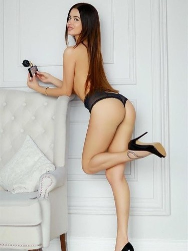 Escort Simona in Brussels, Belgium - Photo: 4
