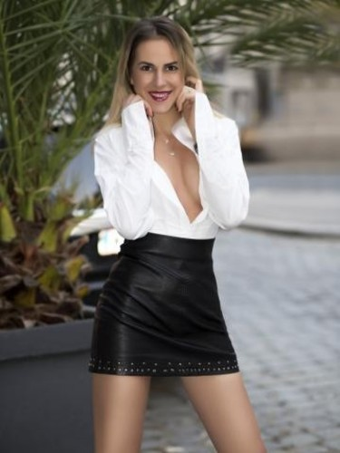 Escort Amy in Vienna, Austria - Photo: 4