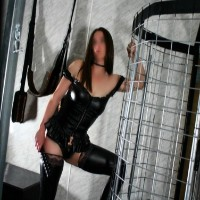 Langtrees VIP Perth - Escort Agencies in Sydney - Mistress Nicole