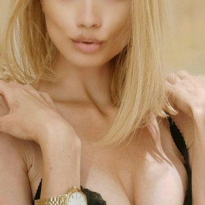 Escort Nina in Athens, Greece