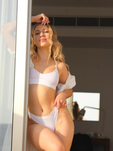 Teen Escort Anna in Limassol, Cyprus - Photo: 5