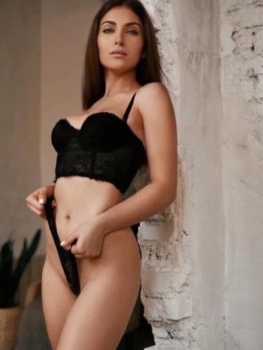 Teen Escort Kristina xxx in Istanbul, Turkey - Photo: 6